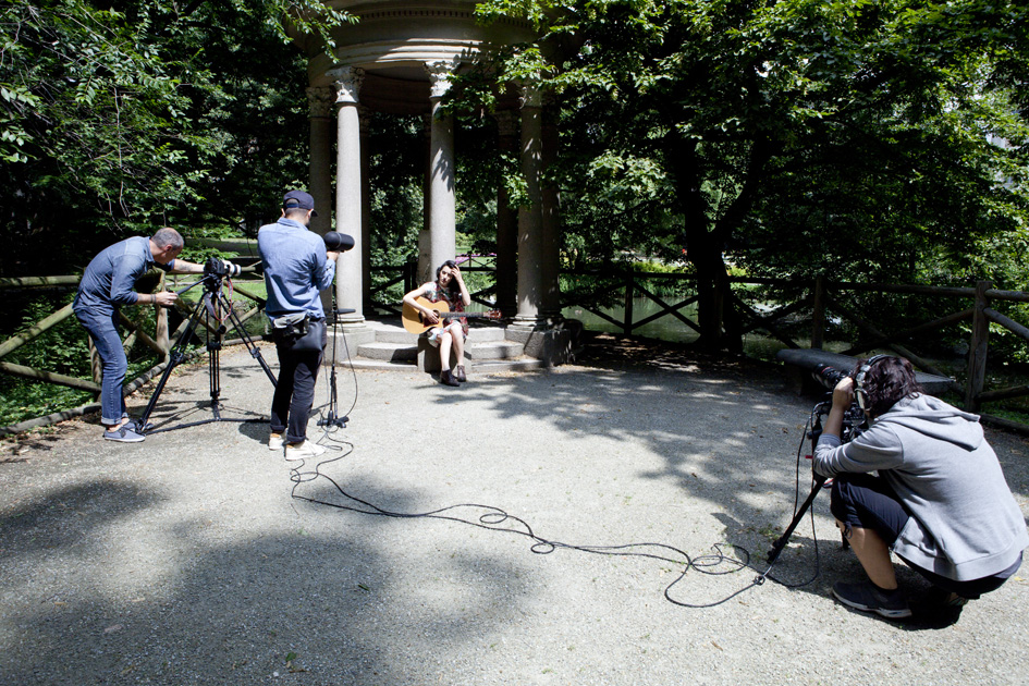 Levante Alfonso live for Milano Acoustics